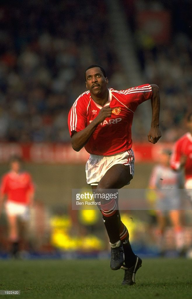 Viv Anderson of Manchester United