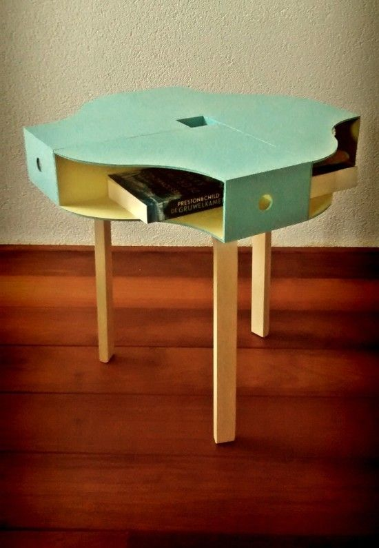 Ikea hack colourful KNUFF table