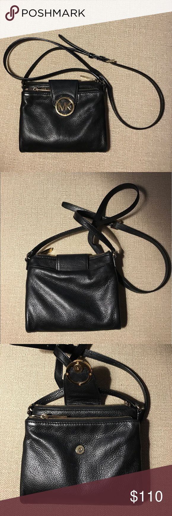 MICHAEL KORS BLACK PURSE ❤️ Some wear on the gold logo but otherwise in good condition 💕 KORS Michael Kors Bags Crossbody Bags