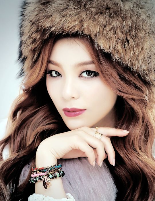 Ailee <3 she looks totally flawless
