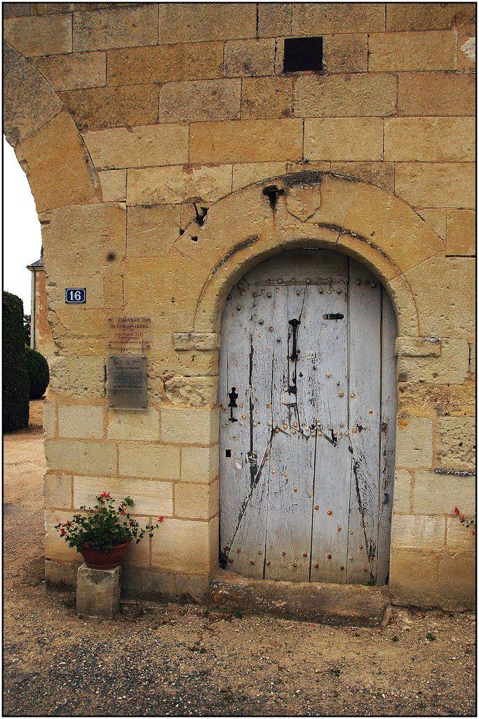 Le puy notre dame petite porte du couvent des - Mise a la porte du couvent ...