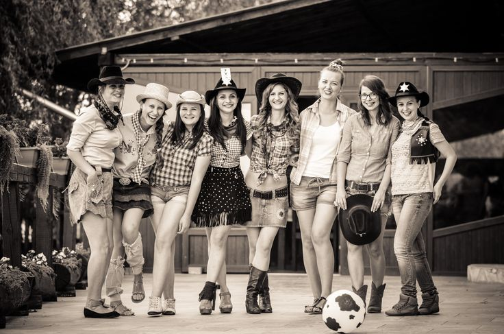 living my life story with some old black and white lovely girls