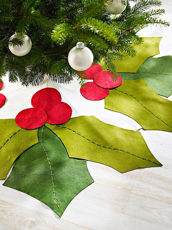 Holly Leaves Christmas Tree Skirt - make your own Tree skirt! And so many more holiday crafts: http://www.bhg.com/christmas/crafts/christmas-holiday-crafts/