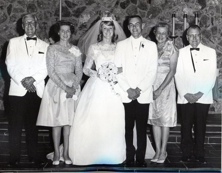 1964-08-23 Elroy and Lynn Holtmann Wedding09-Steven and Evelyn Pollock-Elroy and Lynn Holtmann-Janice and Earl Holtmann961