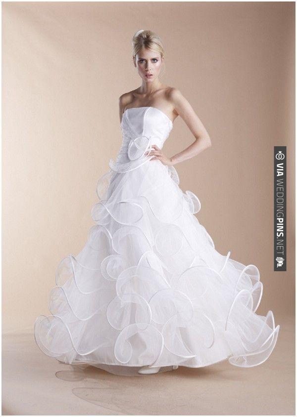 suzanne ermann French designer wedding dress   VIA #WEDDINGPINS.NET