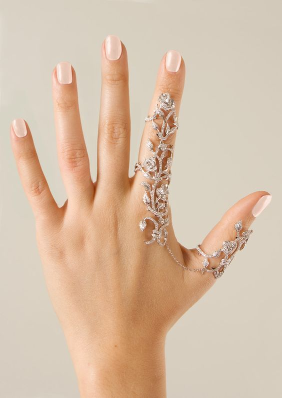 Doppelter Ring | Elise Dray. Weißgold und graue D…