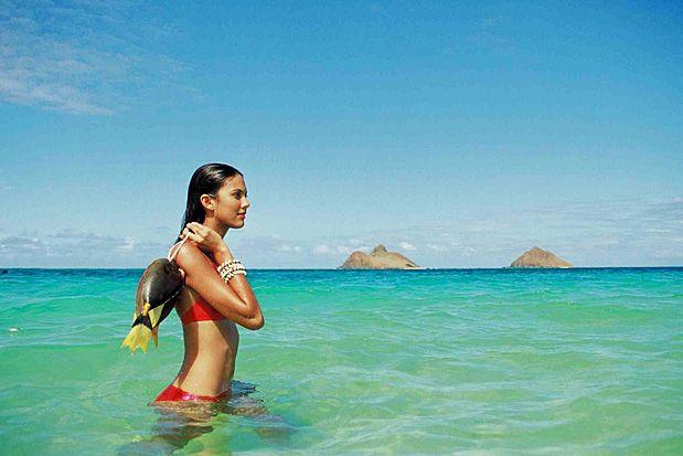 Havaí, EUA O Havaí tem ilhas conhecidas como Maui e Oahu, e outras menos conhecidas como Niihau e Lana. Último estado dos Estados Unidos, o Havaí é um sonho para amantes da natureza, surfistas, aventureiros, ou apenas pessoas em busca de descanso, com belas praias, ondas perfeitas, parques naturais e resorts. Foto: Sri Maiava Rusden/HTA