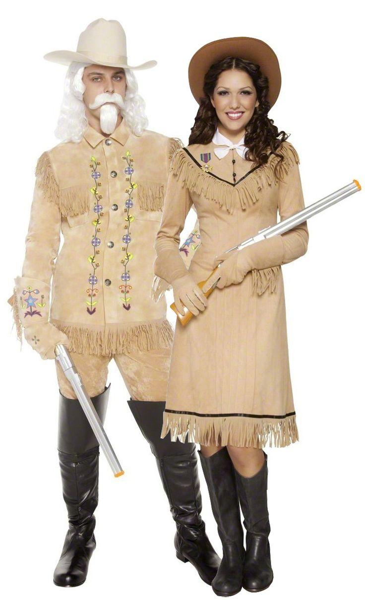 Costume coppia cowboy: Costume da cowboy del West americanoQuesto costume da cowboy del West americano è composto da una giacca tipo camoscio con frange e ricami colorati che si chiude con del velcro sul davanti. Il...