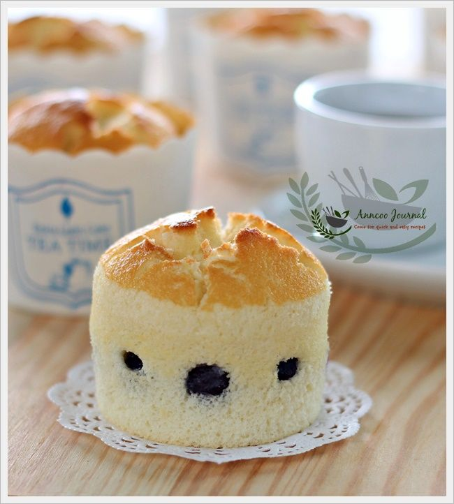 Blueberry Yoghurt Chiffon Cupcakes | Anncoo Journal - Come for Quick and Easy Recipes
