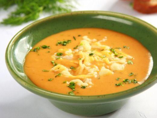Cibulová polévka se smetanou