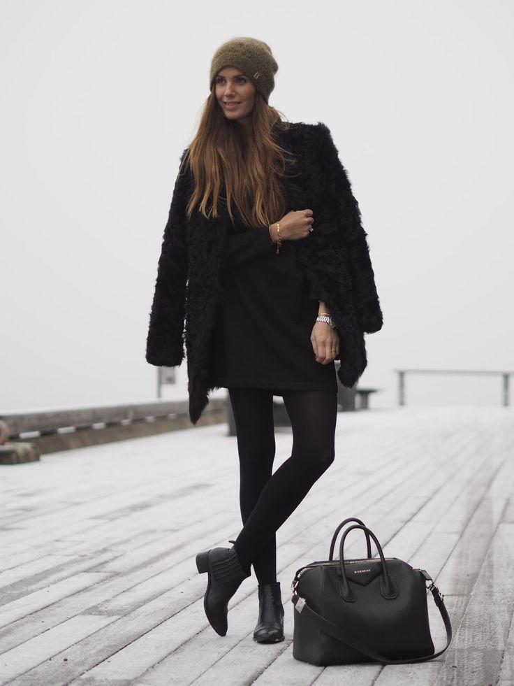 Best 20  Fluffy coat ideas on Pinterest | Faux coat, Black faux ...