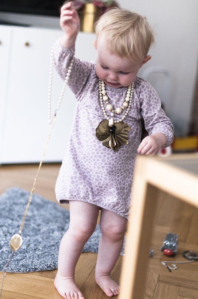 barnfotografering. Mer på bloggen www.fridagsvensson.se