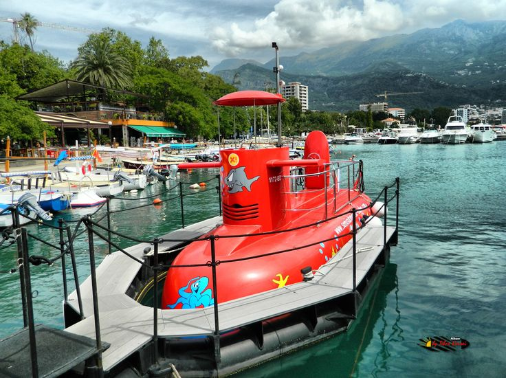 Port of Budva, Montenegro, Nikon Coolpix L310, 5.1mm, 1/160s,ISO80, f/8.9, -0.3ev, HDR-Art photography, 201607051032