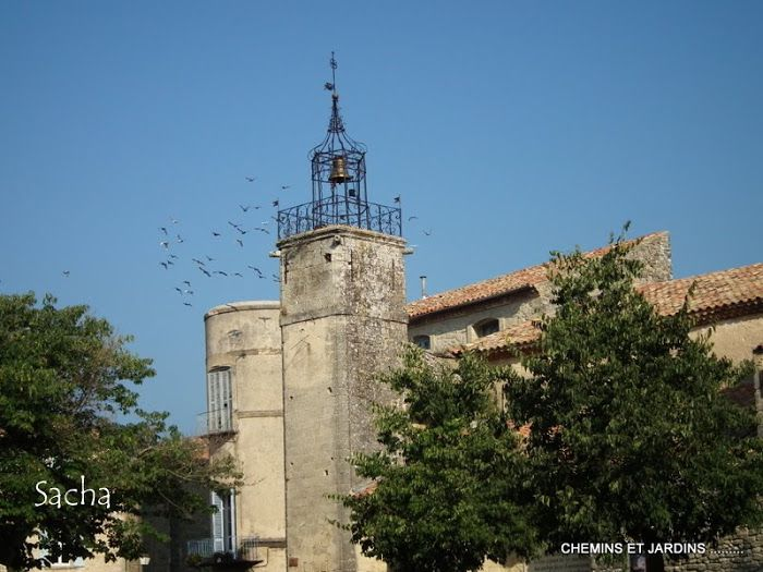 Grambois ...Luberon- Chemins et jardins  (blog  photo ):
