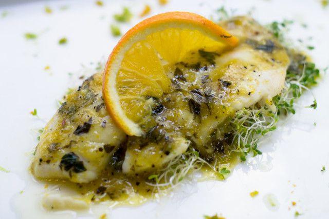 Filete de Pescado con Sálsa de Cítricos con Jengibre. Receta de México del recetario de Semana Santa #delmercadoatumesa
