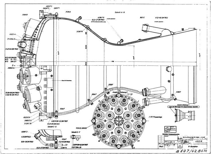 V-2 missile A-4 rocket engine combustion chamber cut-away