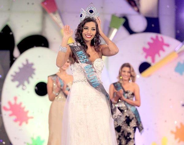 Vivian Serrano  - Miss Mundo Bolivia 2015
