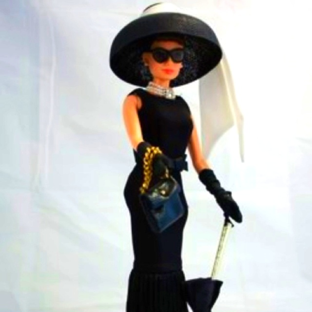 if I ever have a daughter, she will own this Barbie...: Audrey Hepburn Dresses, Barbie Girls, Design Barbie, Holly Golightly, Audreyhepburn, Breakfast At Tiffany, Fashion Dolls, Barbie Audrey, Barbie Dolls