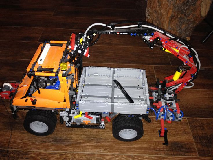 LEGO 8110 Mercedes-Benz UNIMOG U400 missing parts and incomplete parts