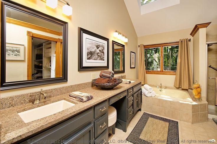 Craftsman Full Bathroom with Arizona tile, MARIPOSA BUFF, Quartz, Powder room, Inset cabinets, Flush, Complex Granite