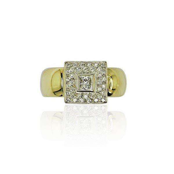 Glänzende Aussichten verspricht dieser elegante #Ring.  In der Mitte strahlt ein Diamant im #Smaragdschliff mit 0,217 ct. 36 Diamanten mit 0,286ct im Quadrat gearbeitet, umgibt den einzelnen Diamanten. Die Ringschiene in 18 kt #Gelbgold ist glänzend poliert und verjüngt sich leicht nach unten.  http://schmuck-boerse.com/ring/98/detail.htm http://schmuck-boerse.com/index-gold-ringe-4.htm