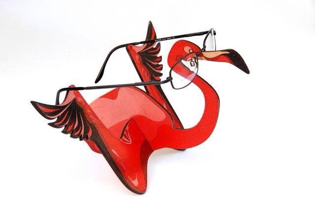 #display made of #wood #flamingo #glasses #frame #creative #design #optical