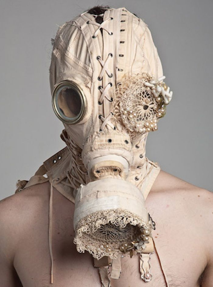 You guys want frills and pearls for your wedding....give me a gas mask and i'll be happy! muahahah!