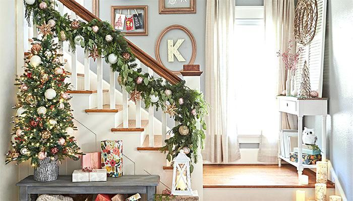 Decorating A Banister Decorate Stair Railing Staircase Railing