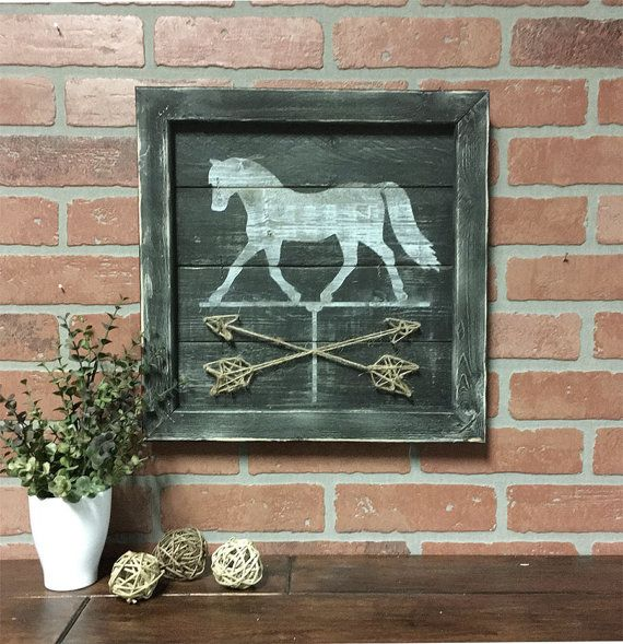 Equestrian decor//Horse weathervane//Horse art//horse on repurposed wood pallet//farmhouse chic
