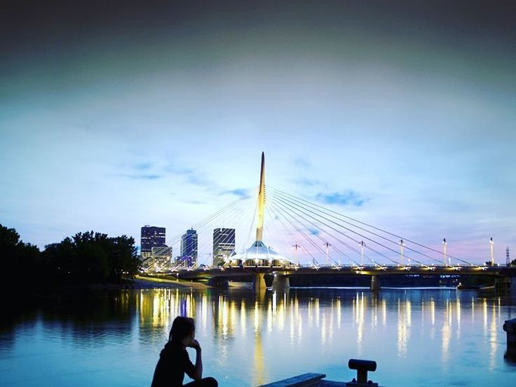 Whether you fancy canoeing on Lake Manitoba, relaxing in thermal pools, or wandering the museums, Winnipeg is a quintessential Canadian city full of charm.