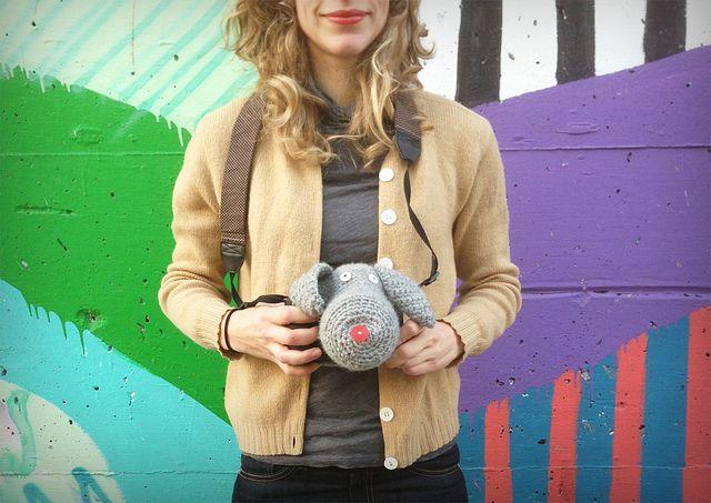 DSLR Crochet Camera Cozy - SAH-RAH