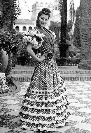 Ava Gadner. Ava Lavinia Gardner fue una actriz de cine clásico estadounidense nominada a los Premios Óscar, considerada una de las grandes estrellas del siglo XX y como uno de los mitos del Séptimo Arte.