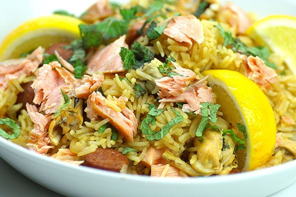 Spanish salmon paella – Recipes – Bite