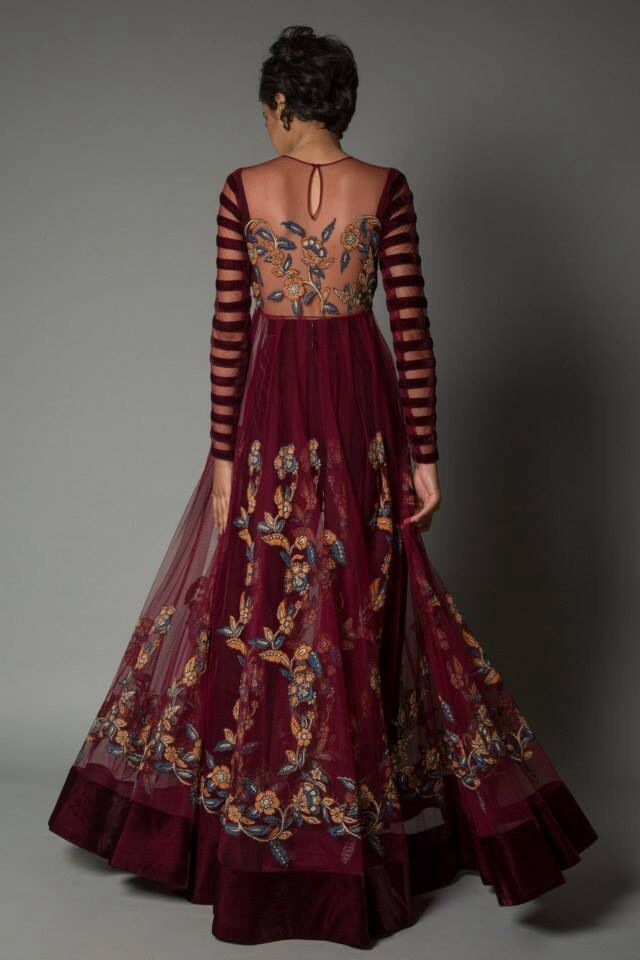 Pure gorgeousness by Neeta Lulla. Lovely idea for the back and sleeves!