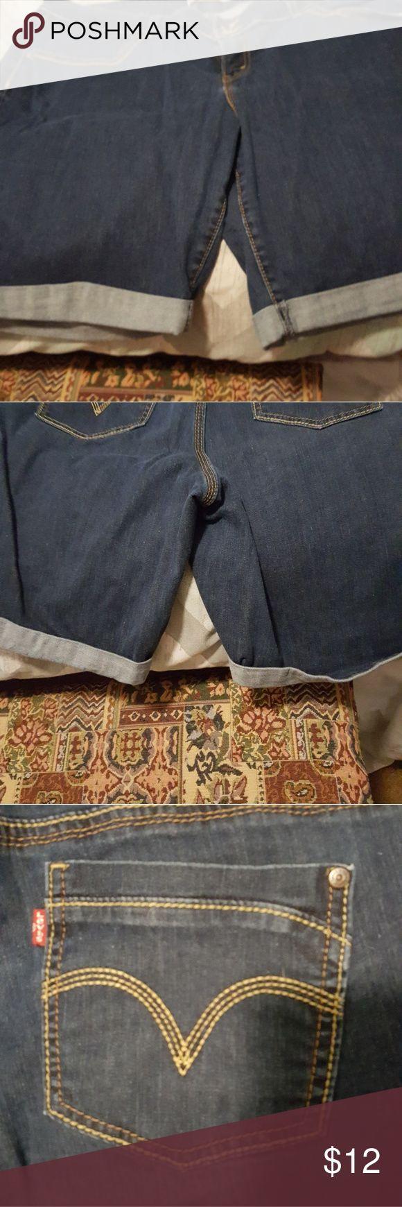 Levis Bermuda shorts Levis blue jean cuffed Bermuda shorts Shorts Bermudas
