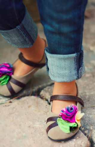 I love all the sweet little girl shoes at Joyfolie!