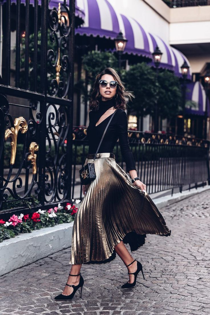 Dressy outfit - metallic pleated midi skirt + black turtleneck bodysuit
