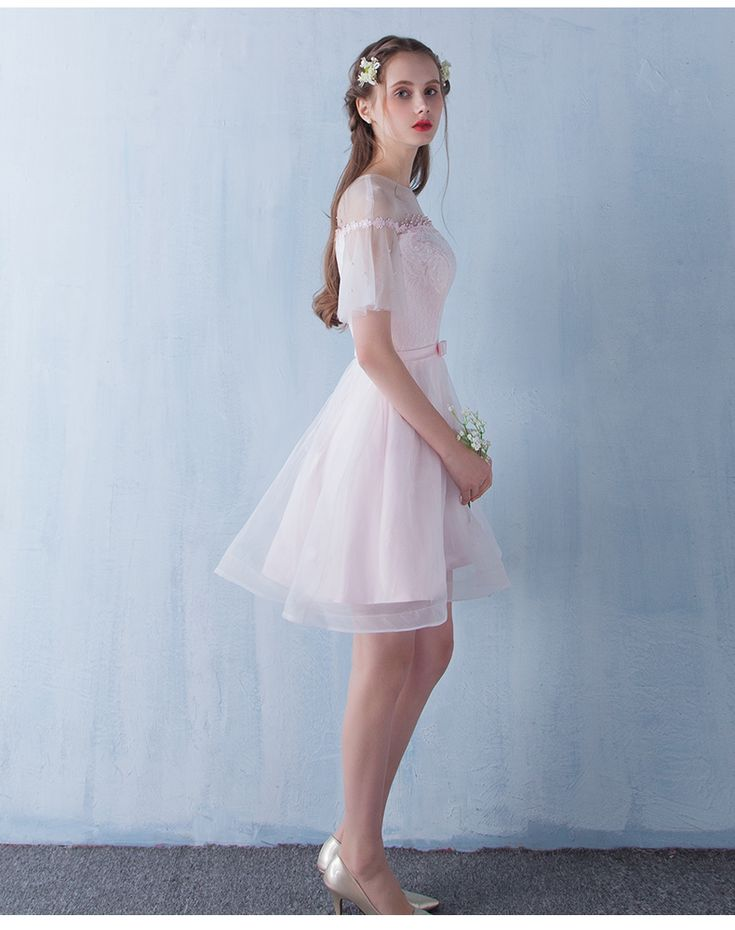 Короткие платья с длинным рукавом на выпускной
