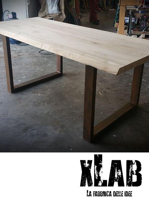 Nuovo tavolo da pranzo con piano in legno massello di for Tavoli in legno e acciaio