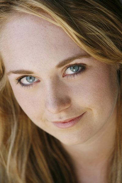 Amber Marshall is by far my most favourite actress!!!!!