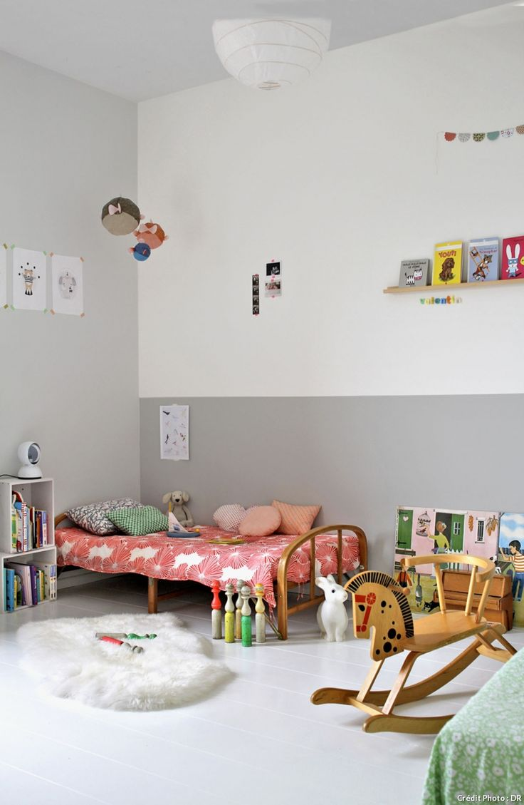 I like this half gray wall idea for the master bedroom.