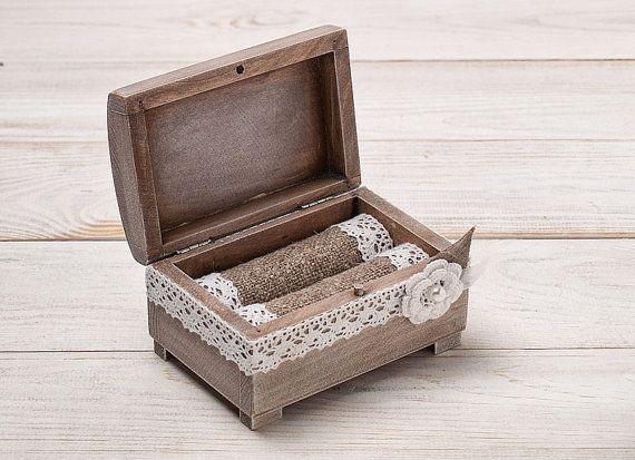 Caja del portador de anillo rústico caja por InesesWeddingGallery