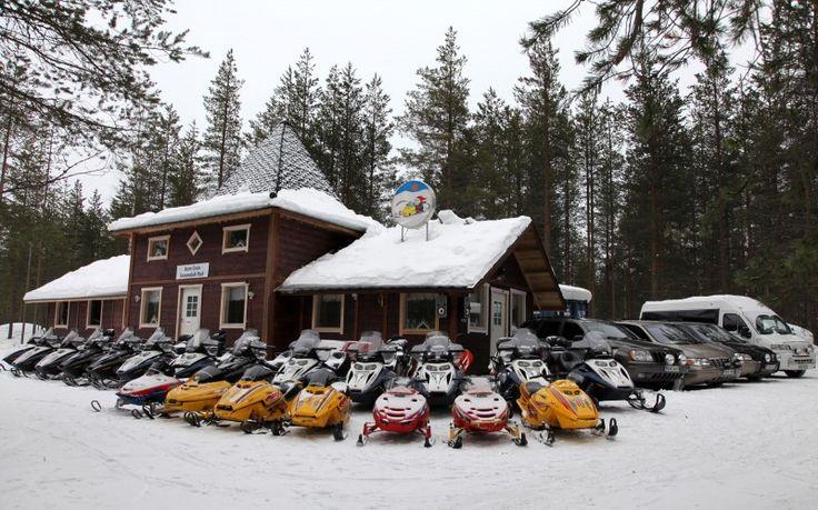 Safaris avec Arctic Circle Snowmobile Park au Village du Père Noël à Rovaniemi