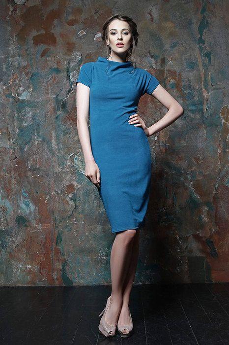 Вещь дня: базовое платье-футляр от российской марки ZiZula (очень выгодно!)   Журнал Cosmopolitan