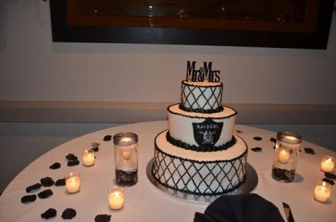 Oakland Raiders Wedding | Our Oakland Raiders cake...delicious