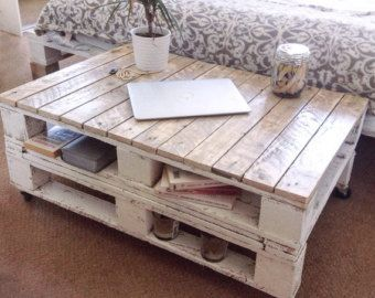 Pallet Coffee Table LEMMIK Bare Wood made of by FarmhousePalletsCo
