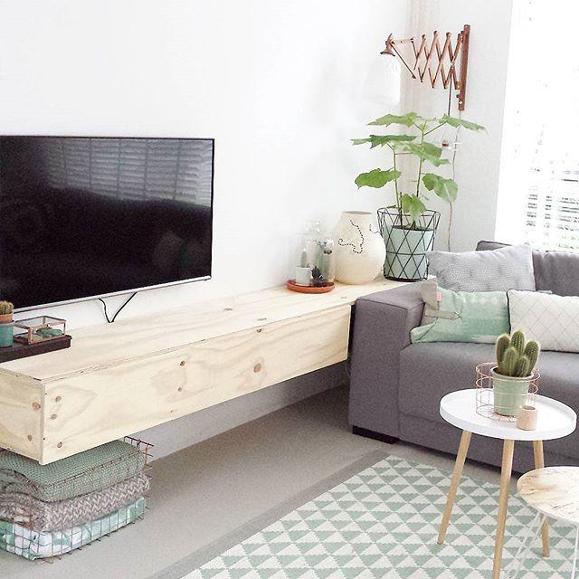 25 unieke idee n over bed kader bank op pinterest - Deco hoofdslaapkamer ...