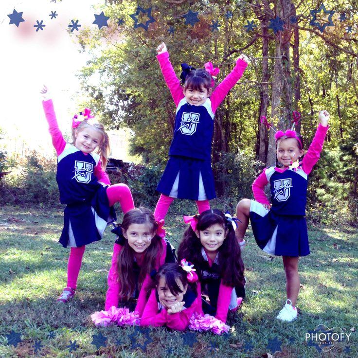Beginner stunt for youth cheer, upward Cheerleading