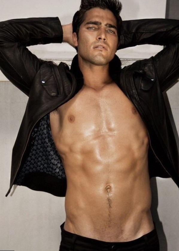 Tyler Hoechlin #handsome #hot #sexy #celebrity #hunk