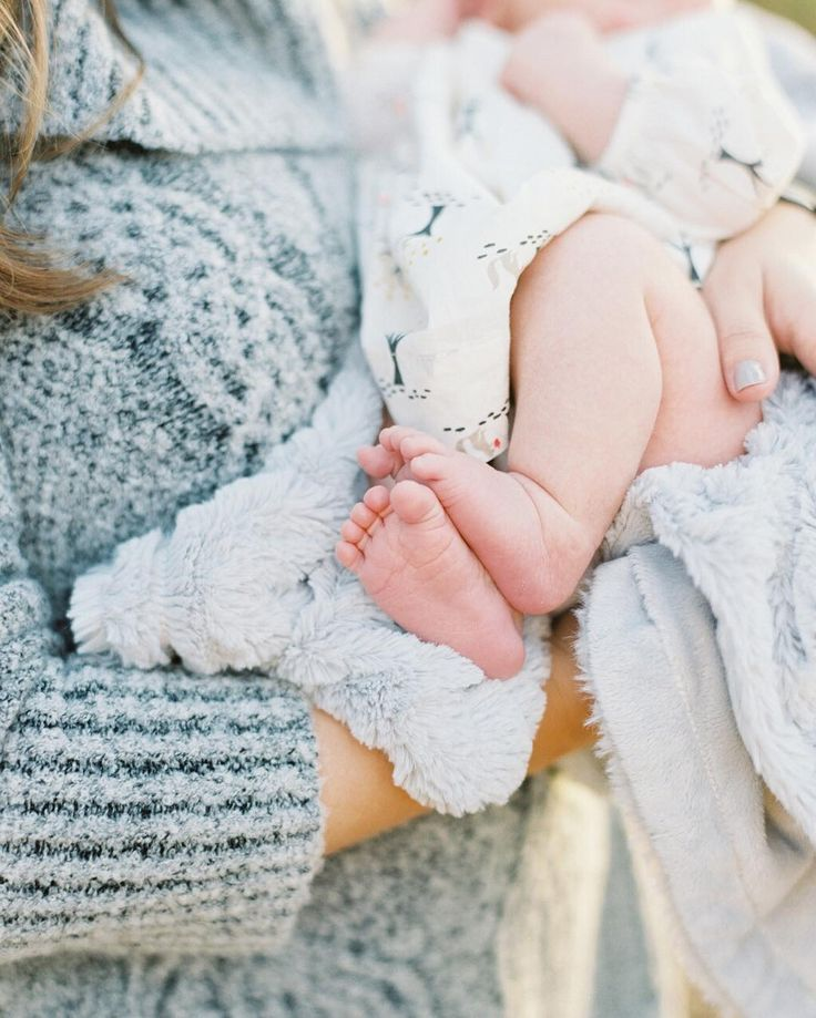 Contax645 | Portra400 | PhotoVision | SP3000 | The sweet essence of newborns, perfectly designed, ten little toes and all. Cuddled cozy and warm with mommy. Naturally-lit newborn photo by fine art film photographer @marsais
